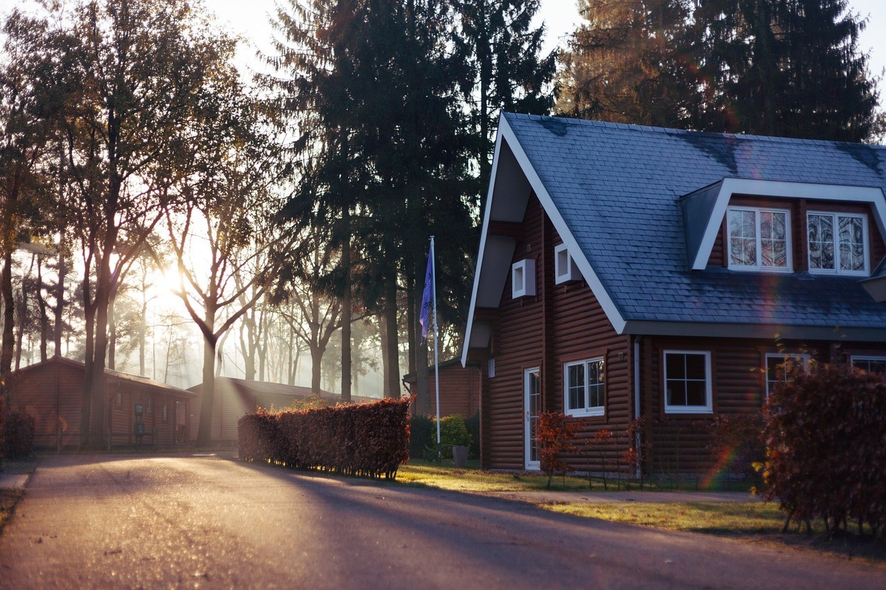 What Is A HUD Home and Can I Buy One? | HUD Articles | K M